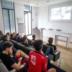 Mailand-Sanremo 2017 bei chilliger Kinoatmosphäre gucken