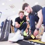 Sören testet die neuen Teamrennradschuhe des Team Alpecins 2017